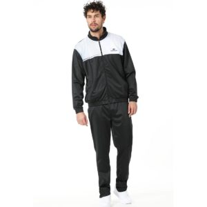 Chandal John Smith Castre en color negro para hombre.