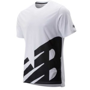 Camiseta New Balance Heathertech en color blanco para hombre.